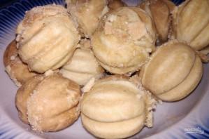 Домашние орешки со сгущенкой - фото шаг 9