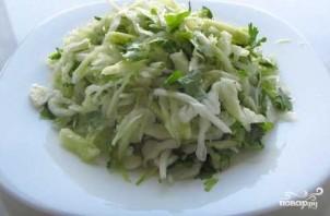 Постный салат из капусты - фото шаг 5
