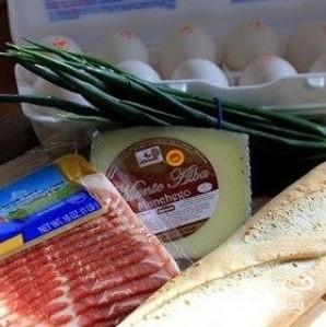 Запеченный багет на завтрак - фото шаг 1