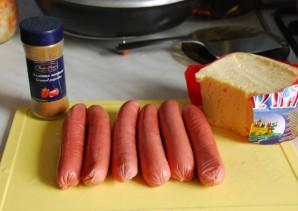 Сосиски, запеченные с сыром - фото шаг 1
