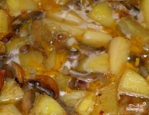 Тушеная картошка с шампиньонами - фото шаг 5
