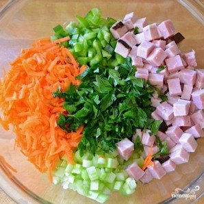 Сытный салат с черноглазкой - фото шаг 9