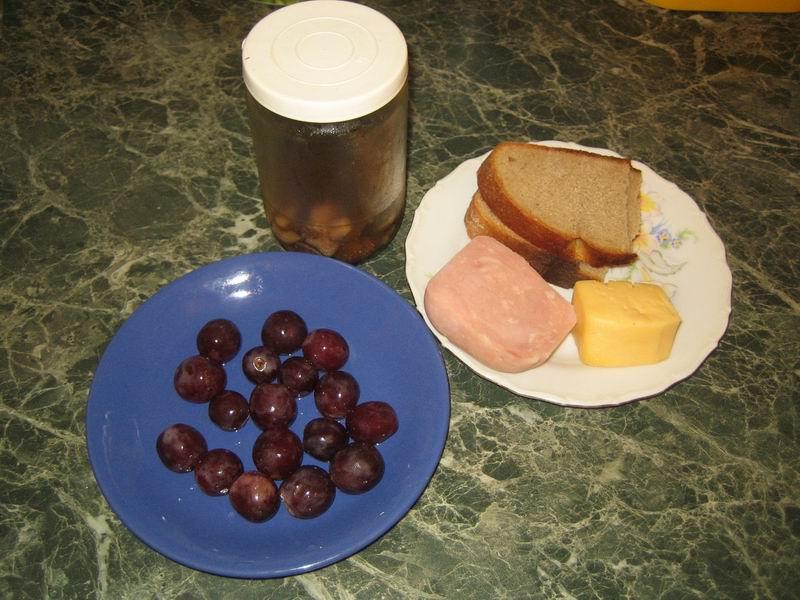 Рецепт Мини-бутерброды на шпажках
