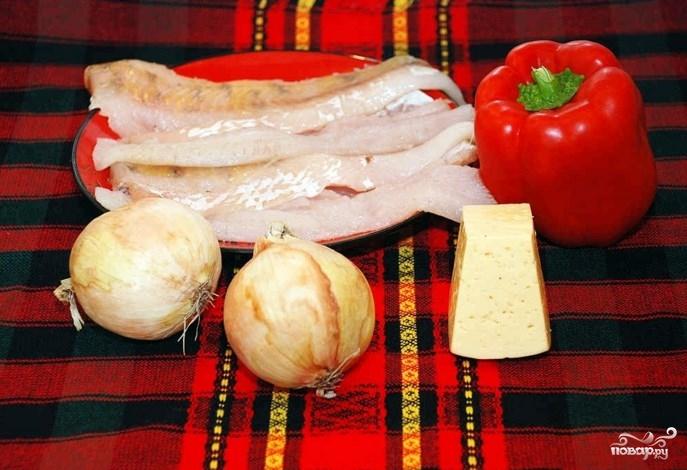 Рыба в духовке со сметаной и сыром - фото шаг 1