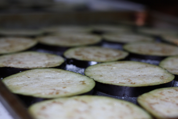 Жареные баклажаны с сыром - фото шаг 1