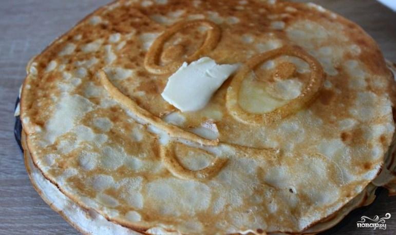 Как сделать тесто для тонких блинов из кислого молока