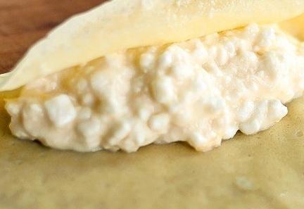 Блинчики с творогом на кислом молоке - фото шаг 5