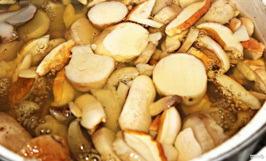 Суп с белыми грибами - фото шаг 2