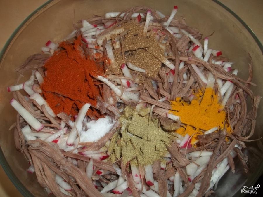 Салат из говядины и редиса - фото шаг 4