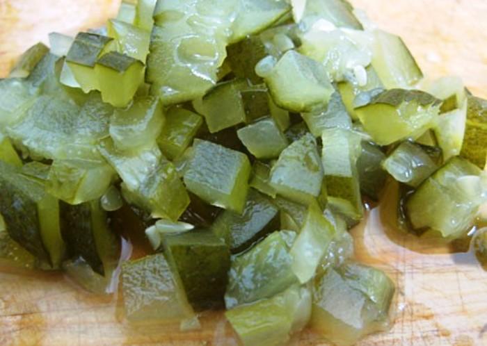 Рецепт Простой салат из рыбных консервов