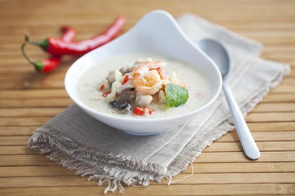 Суп с креветками в мультиварке - фото шаг 4