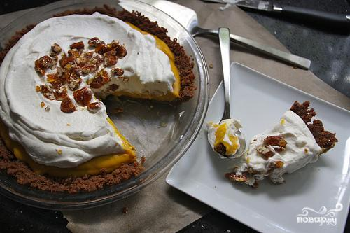 Пирог с тыквенной начинкой и взбитыми сливками - фото шаг 8