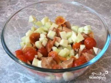 Салат из маринованных грибов - фото шаг 5