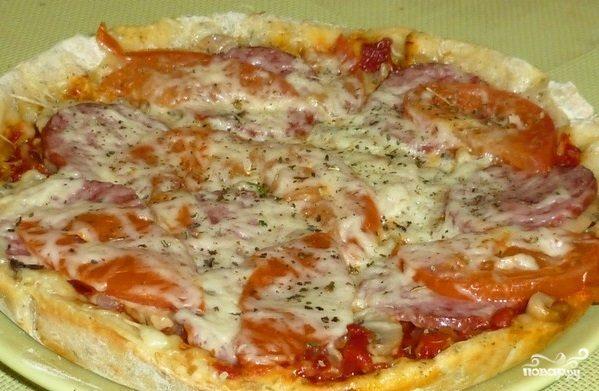 Пицца с сыром в мультиварке