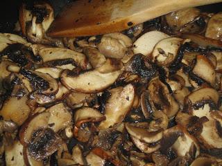Тосты с грибами - фото шаг 4