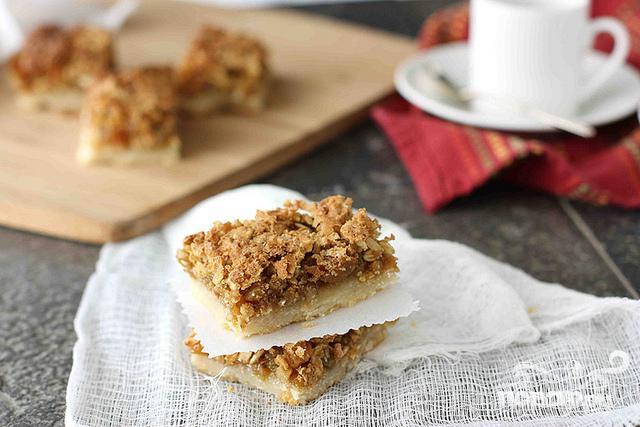 Овсяные пирожные с орехами и изюмом - фото шаг 6