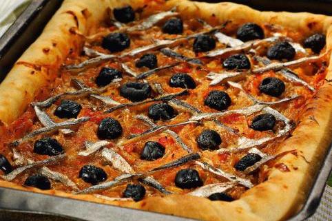 Писсаладьер, прованский луковый пирог