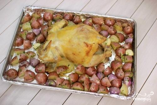 Запеченная курица с картошкой - фото шаг 8
