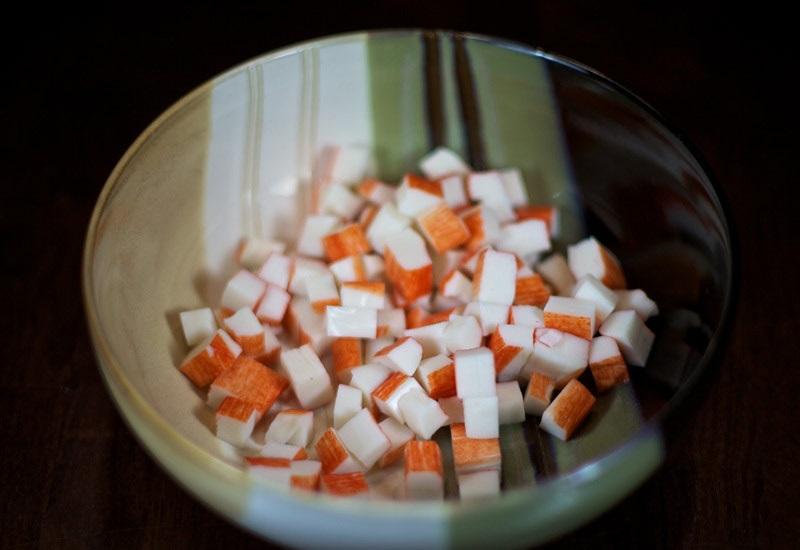 Салат с маринованными грибами - фото шаг 1