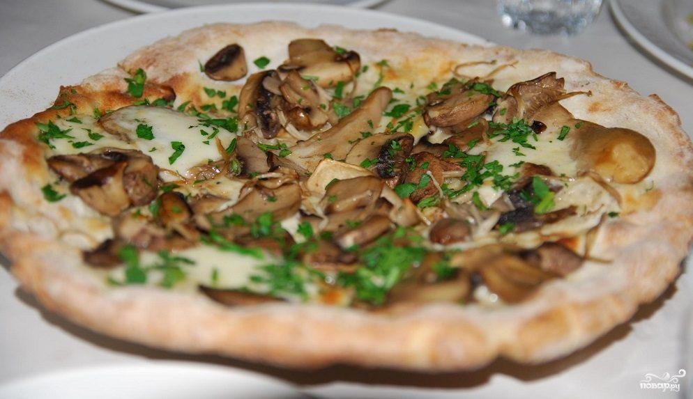 Рецепт Пицца с шампиньонами и сыром