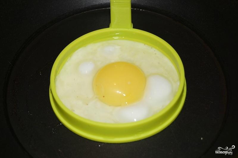Шпинат с яйцом - фото шаг 3