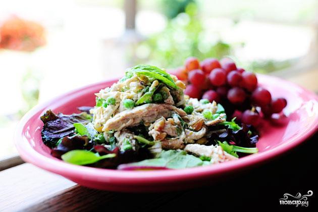 Куриный салат с лимоном и базиликом