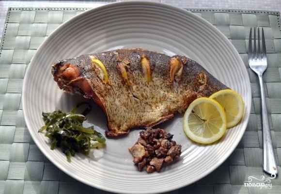 Белая рыба, запеченная в духовке