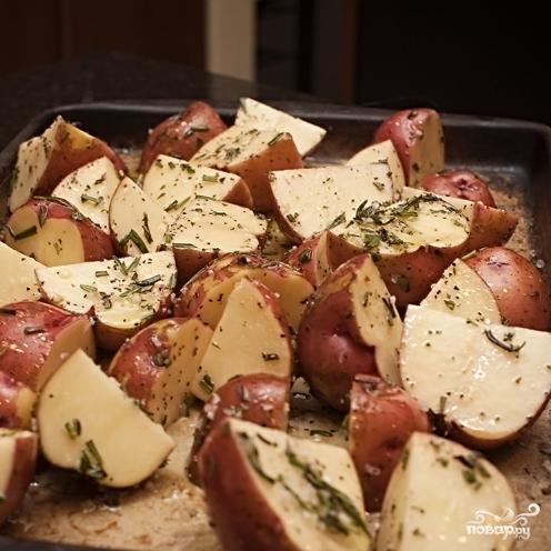 Картофель с розмарином - фото шаг 4