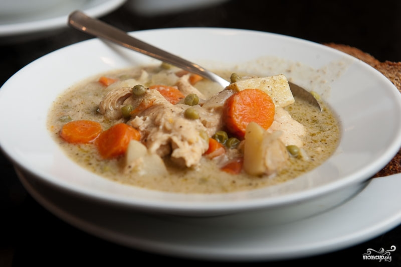 Овощной суп с курицей