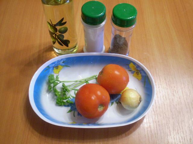 Рецепт Помидоры кусочками с луком