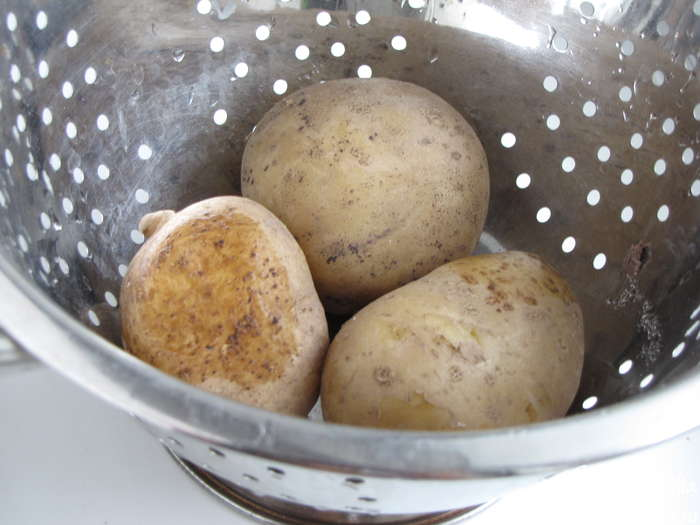Картофельный суп без мяса - фото шаг 1