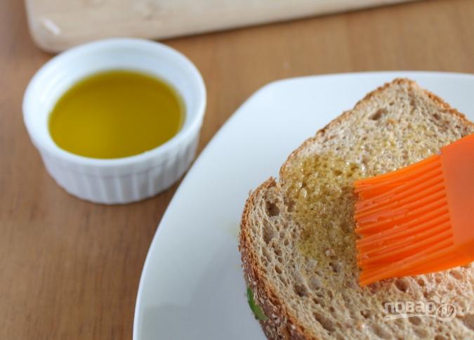 Бутерброд с авокадо - фото шаг 3