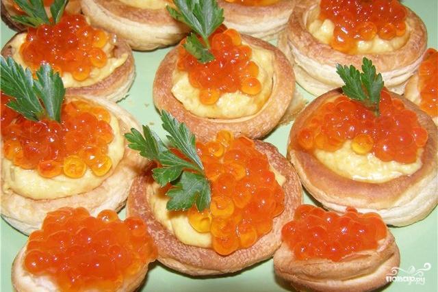 Рецепт Волованы с деликатесами