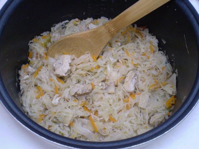 Солянка с мясом и капустой - фото шаг 4