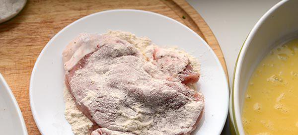 Отбивные из свинины в мультиварке - фото шаг 4