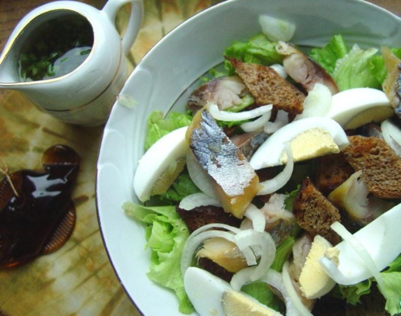 рецепт салата из копченой красной рыбы рецепт