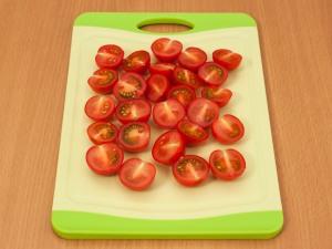 Салат с куриной печенью и помидорами - фото шаг 2