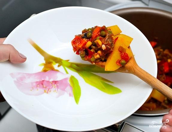 Тушеная говядина с овощами в мультиварке рецепт 91