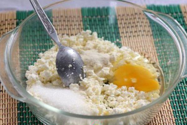 Рецепт Сырники в духовке с манкой