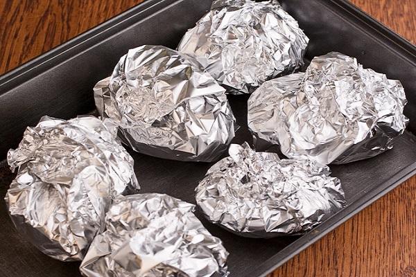 рецепт запекания картофеля в фольге и в духовке