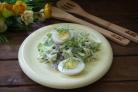 Салат с изюмом и курицей
