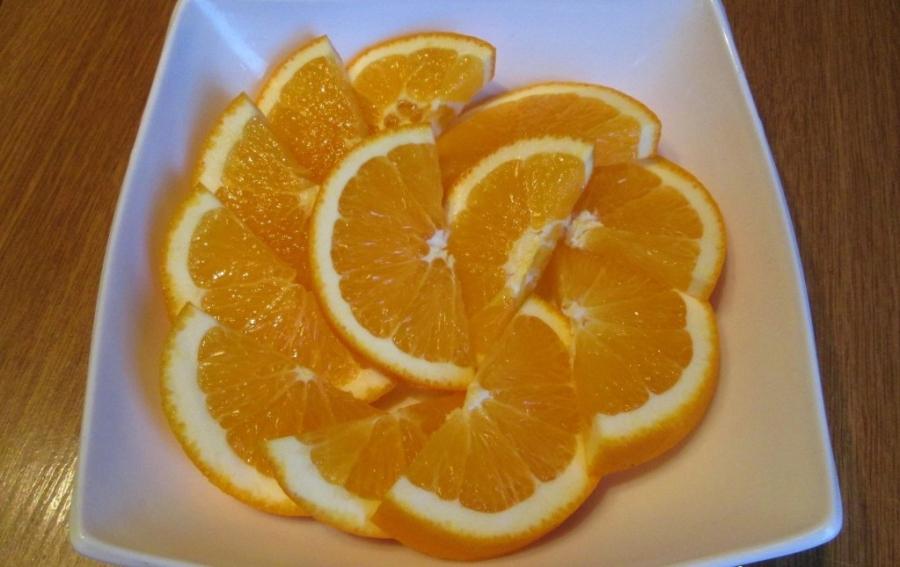 Мясо с апельсинами в духовке - фото шаг 3