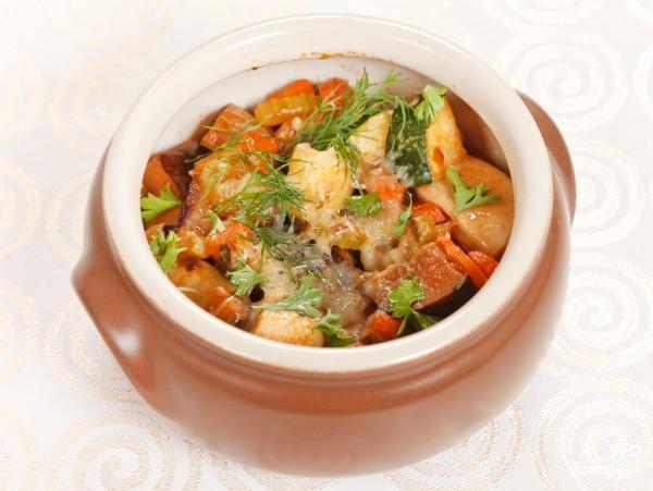 Рецепт Картофель с овощами в горшочке