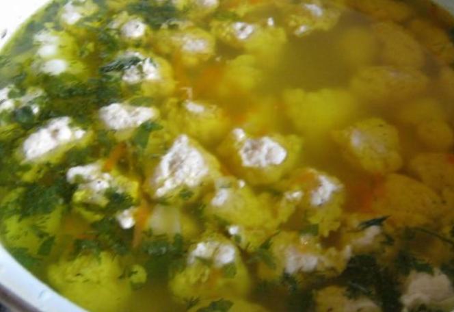 Суп с цветной капустой и фрикадельками - фото шаг 11