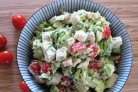Куриный салат из авокадо