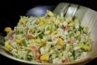 Салат из крабовых палочек и кукурузы