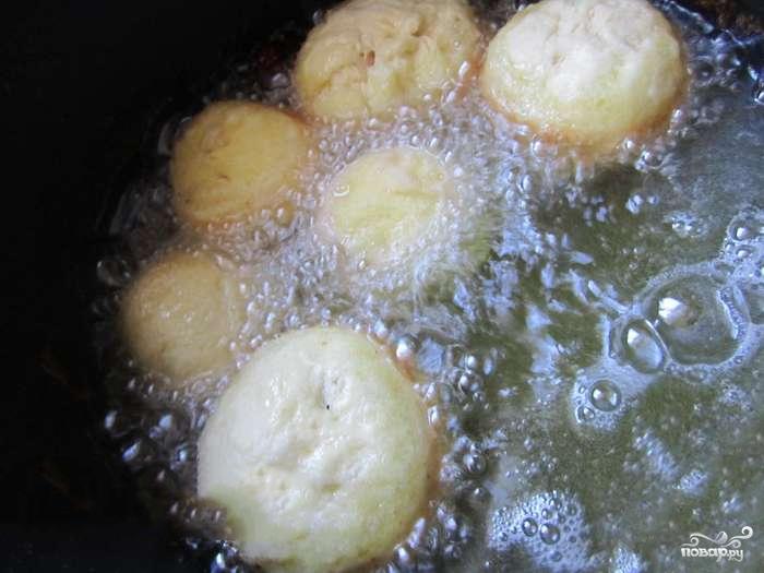 Пончики с вишней - фото шаг 3