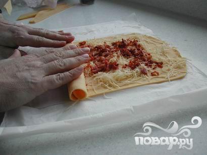 Рулетики с сыром и беконом - фото шаг 3
