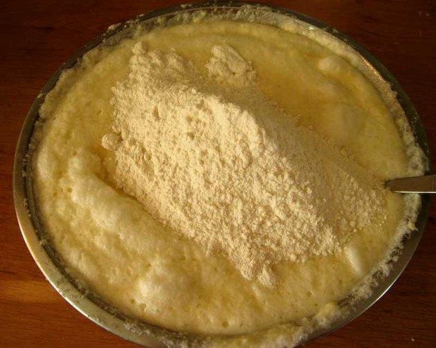 Пирожки духовые дрожжевые - фото шаг 8
