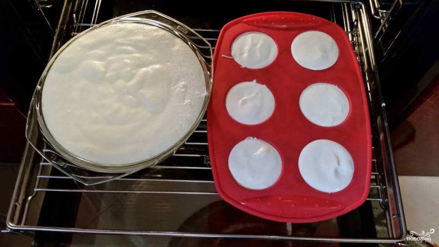 Творожный пудинг в духовке - фото шаг 6